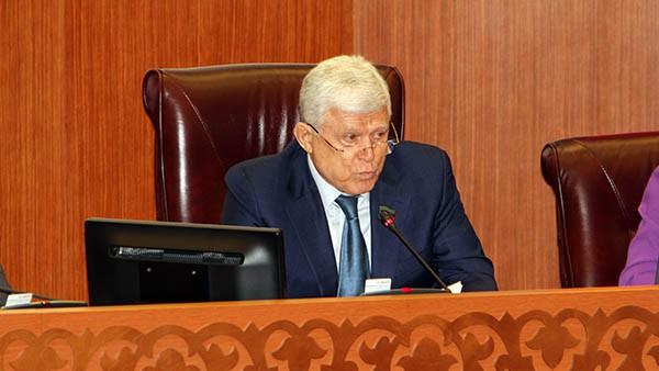 Хизри Шихсаидов обозначил поле деятельности для правительства на 2018 год
